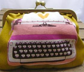 6' Fabby Purse - Typewriter